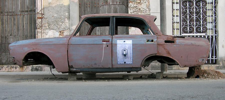 En gammel bil