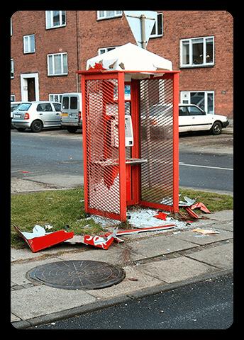 Gammel telefonboks